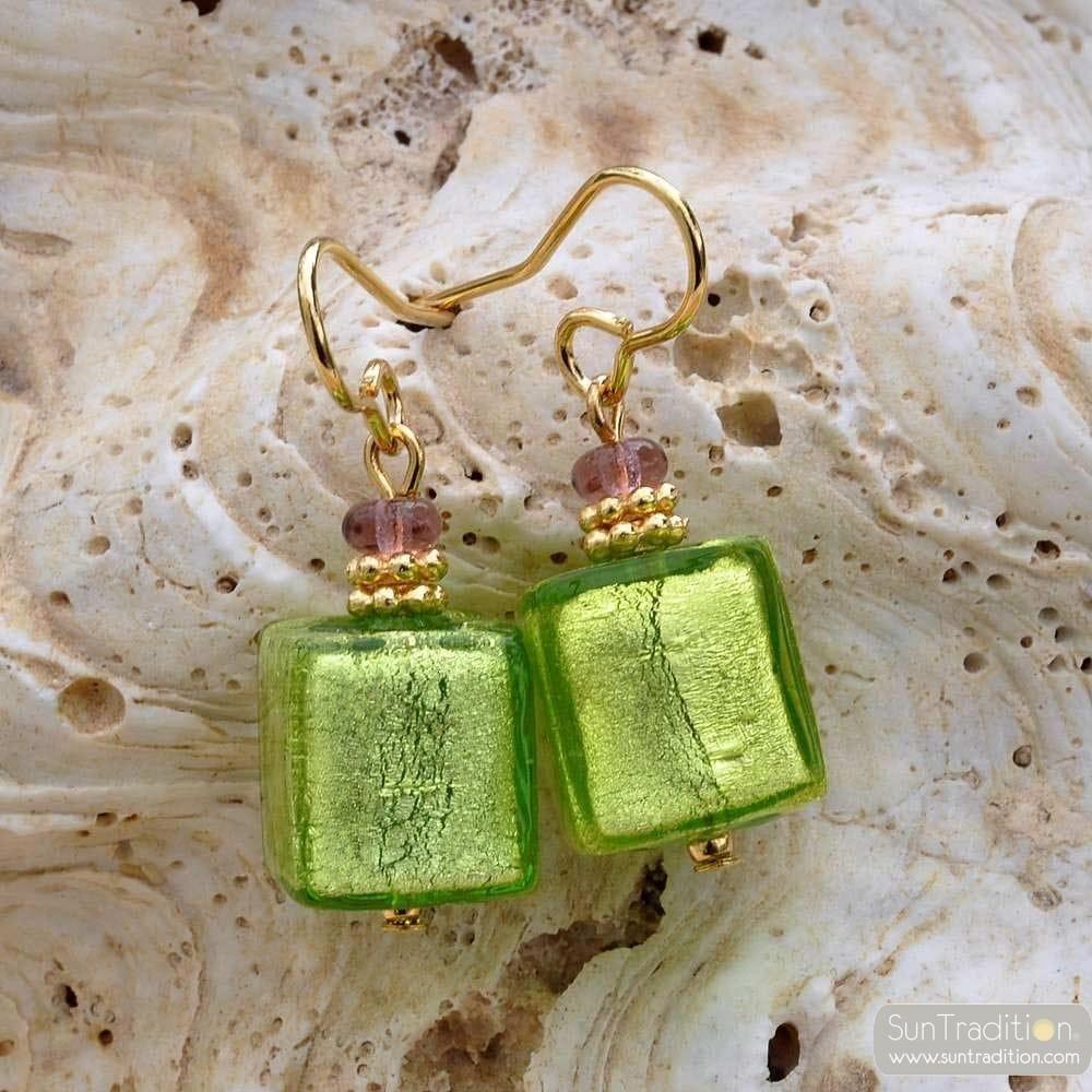Aretes cristal murano verde y oro cubo joyer a cristal de venecia - Anillo cristal murano ...