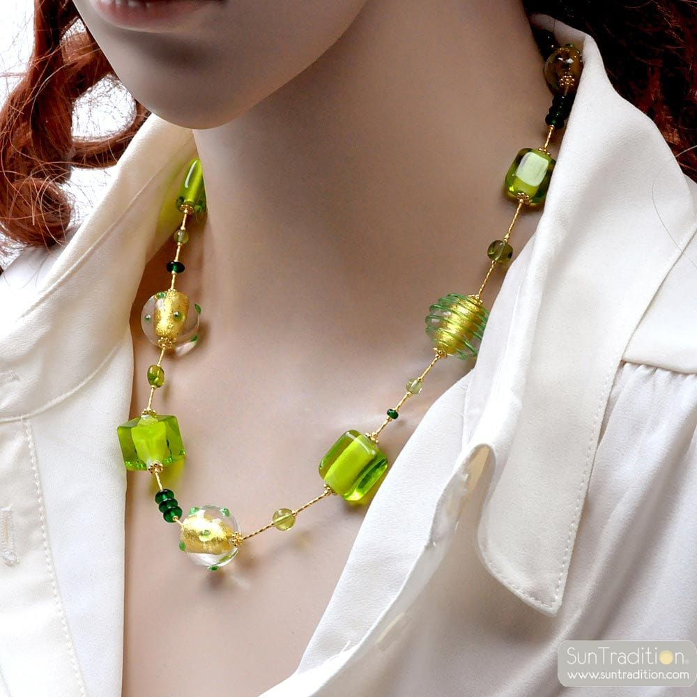 GREEN AND GOLD NECKLACE MURANO GLASS FROM VENICE