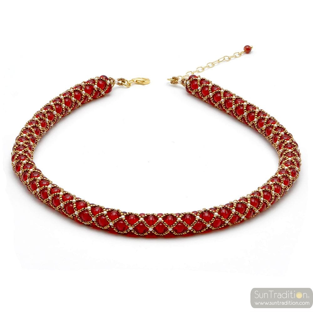 RED GLASS BEADS RENAISSANCE NECKLACE GILDED WEAVE
