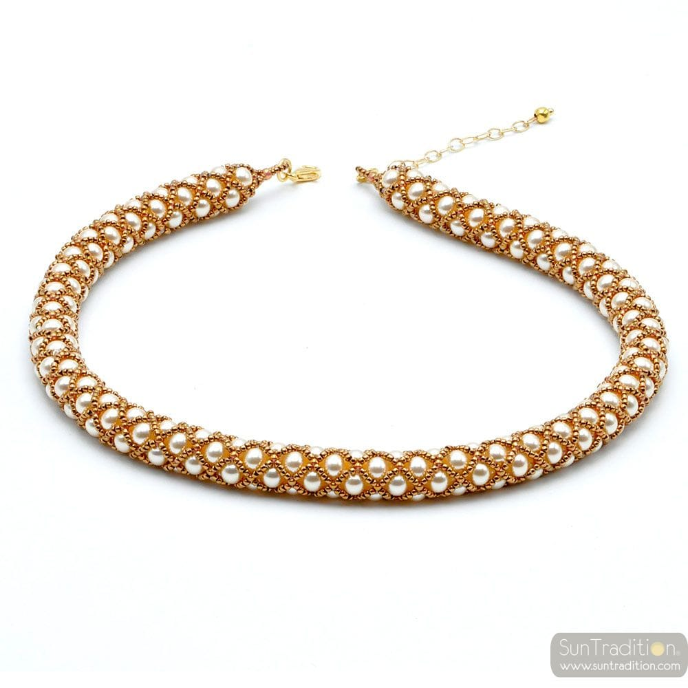 WHITE RENAISSANCE NECKLACE AND GOLD GILDED WOVEN GOLD