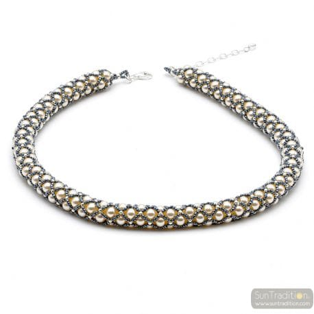 RENAISSANCE NECKLACE WHITE AND GREY WOVEN GREY