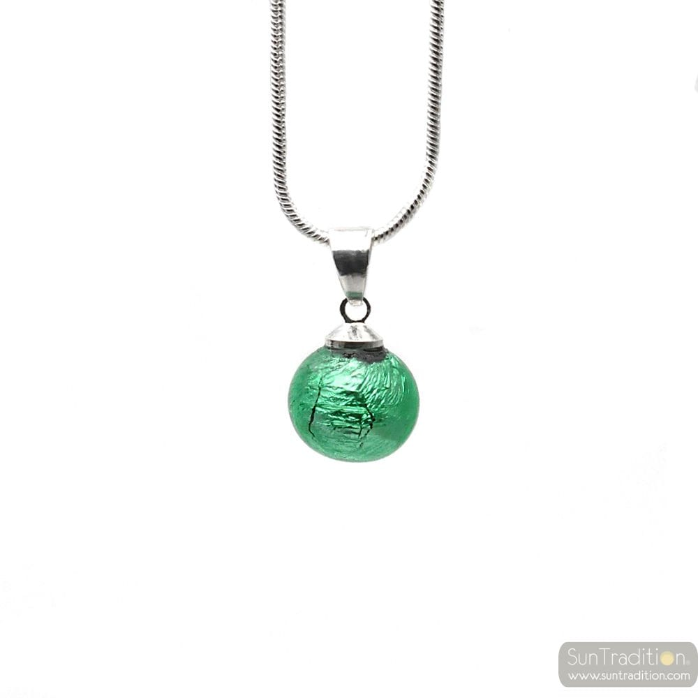 GREEN GLASS BEADS PENDANT AND SILVER NECKLACE 925