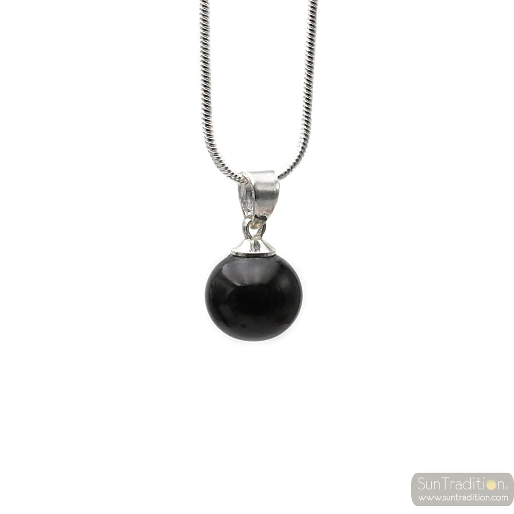 BLACK GLASS BEADS PENDANT AND SILVER NECKLACE 925